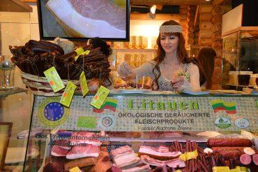 Parodos Berlyne lankytojams – pirmieji lietuviški ekologiški mėsos gaminiai